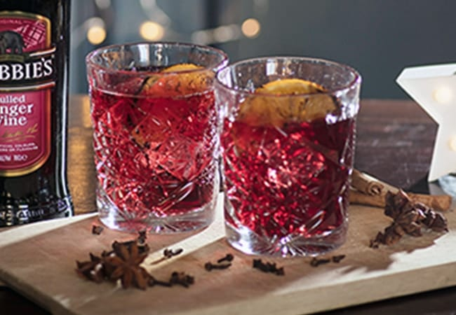 Crabbies Festive Negroni Serve